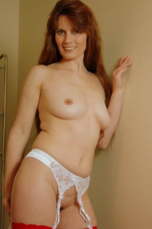 Mature on girl red