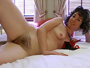 Mature english wife showing more of her cocksucking skills
