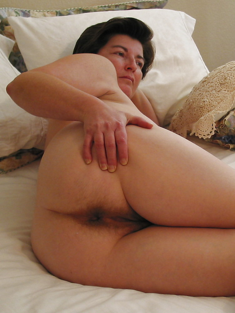 Busty mature slut wife