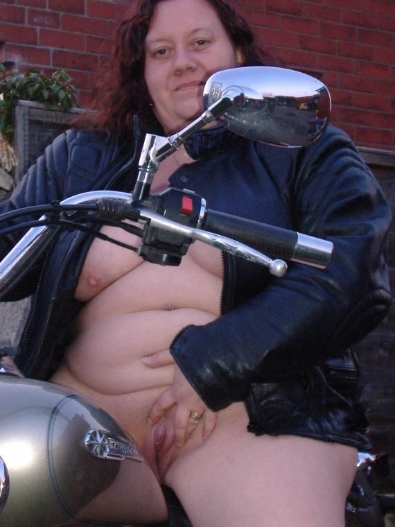 Chicks real pussy biker