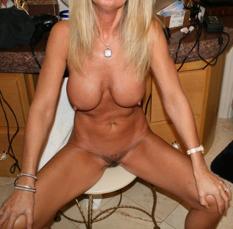 hard nippled milf galleries
