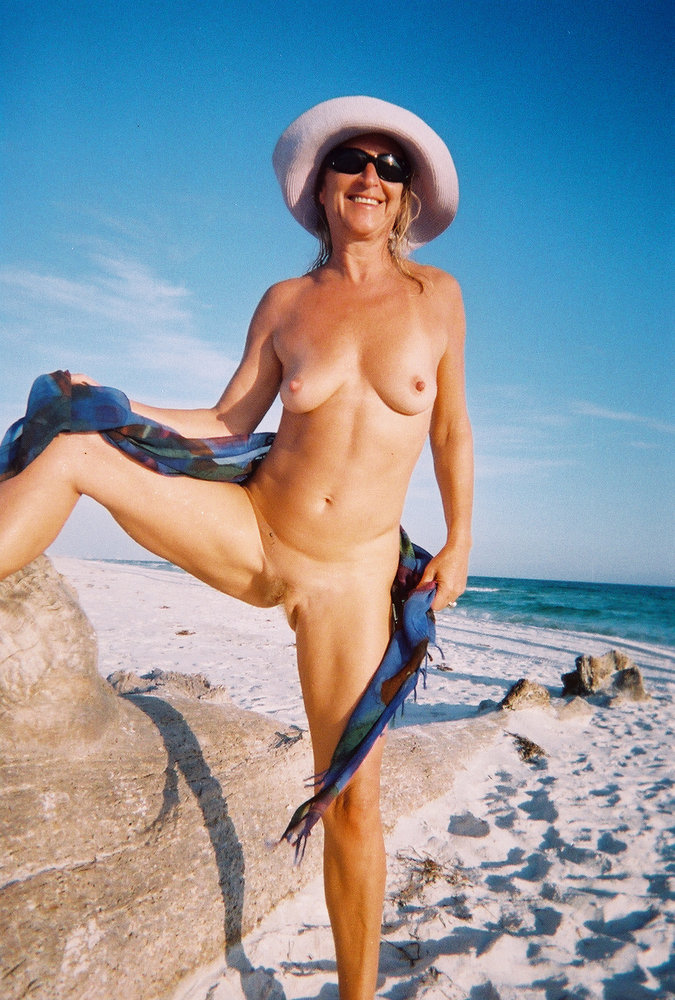 beach nude slut