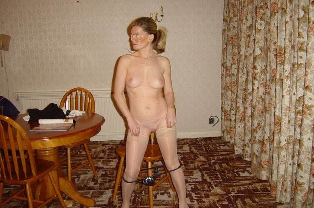 Wife naked on kitchen table congratulate