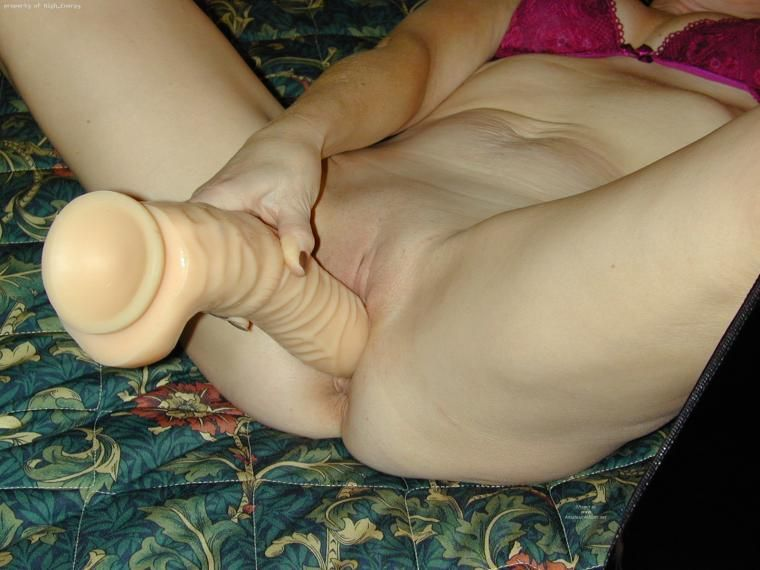 Curling iron masturbation
