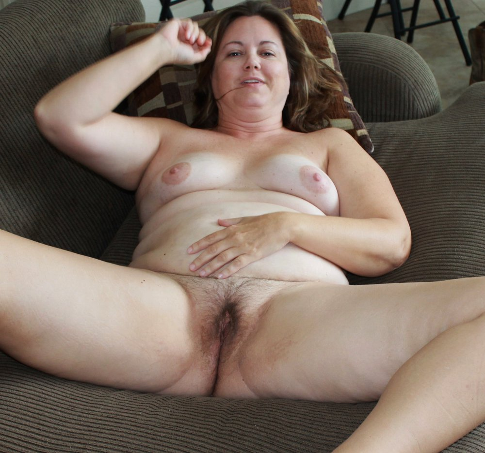 Wife goes naked for friends