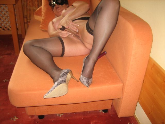 Are Husband convince wife accept wear pantyhose with you