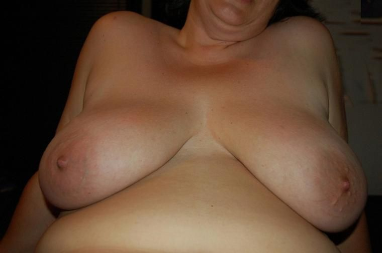off Wife boobs showing