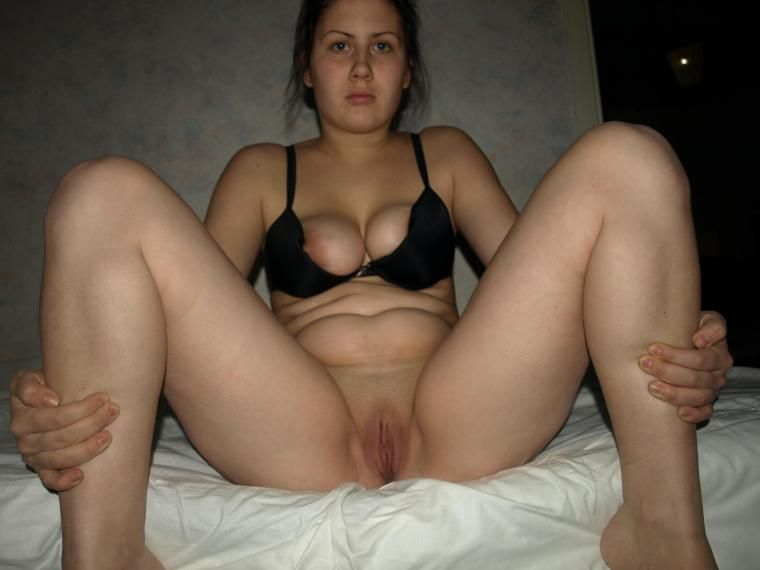 Hubby cleaned Gorgeous brunette shows small tits burningcamel WOuld