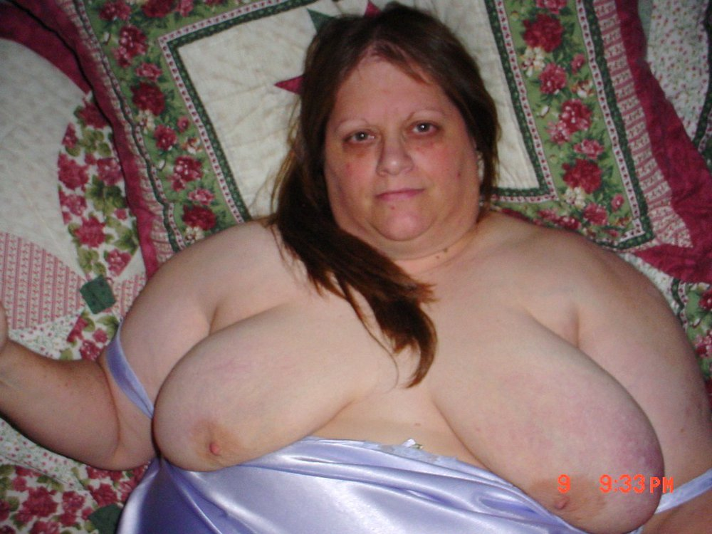 BBW LucyGrant Nude And Exposed