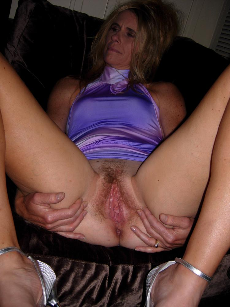 Milf slut bride spreading