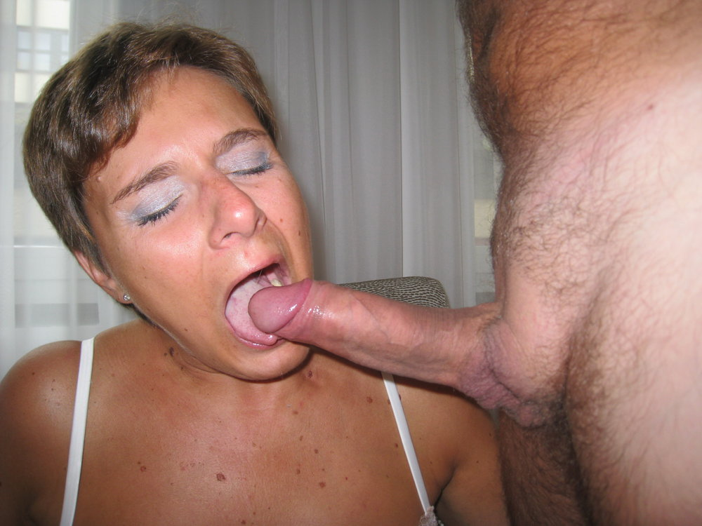Bbw getting oral before sucking cock 8