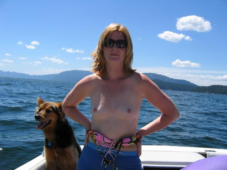 Apologise, Topless housewives on boat