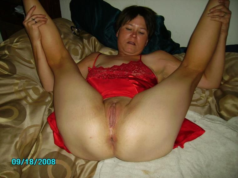 my wife in bed masturbates