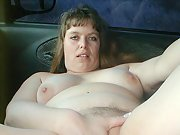 Blonde bbw gets naked in car to pay the mechanic