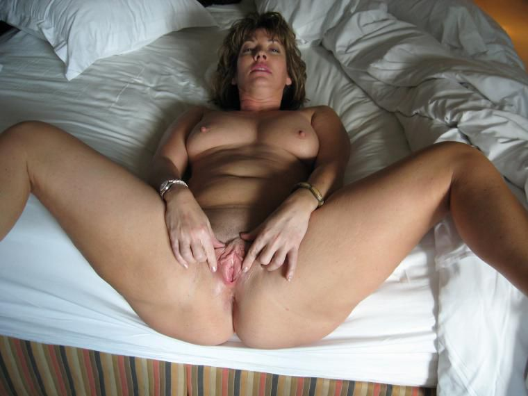 Indicates Leg picture sexy wife Blowjob