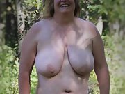 Chubby Amateur Wife Posing Naked outside and loves to be seen
