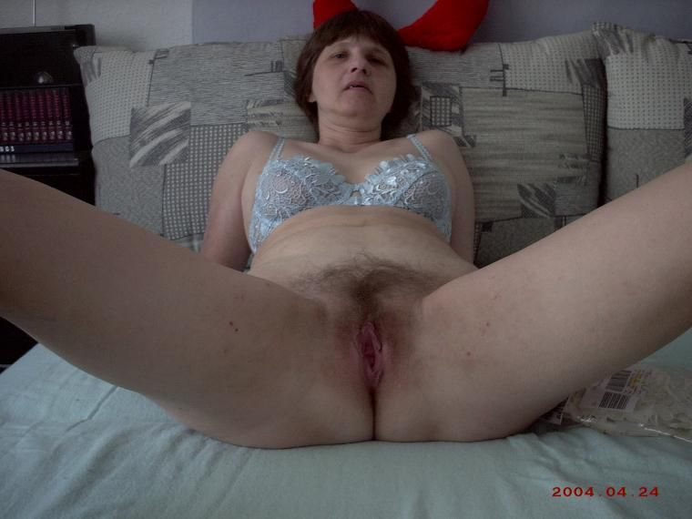 Free mature picture pussy showing video